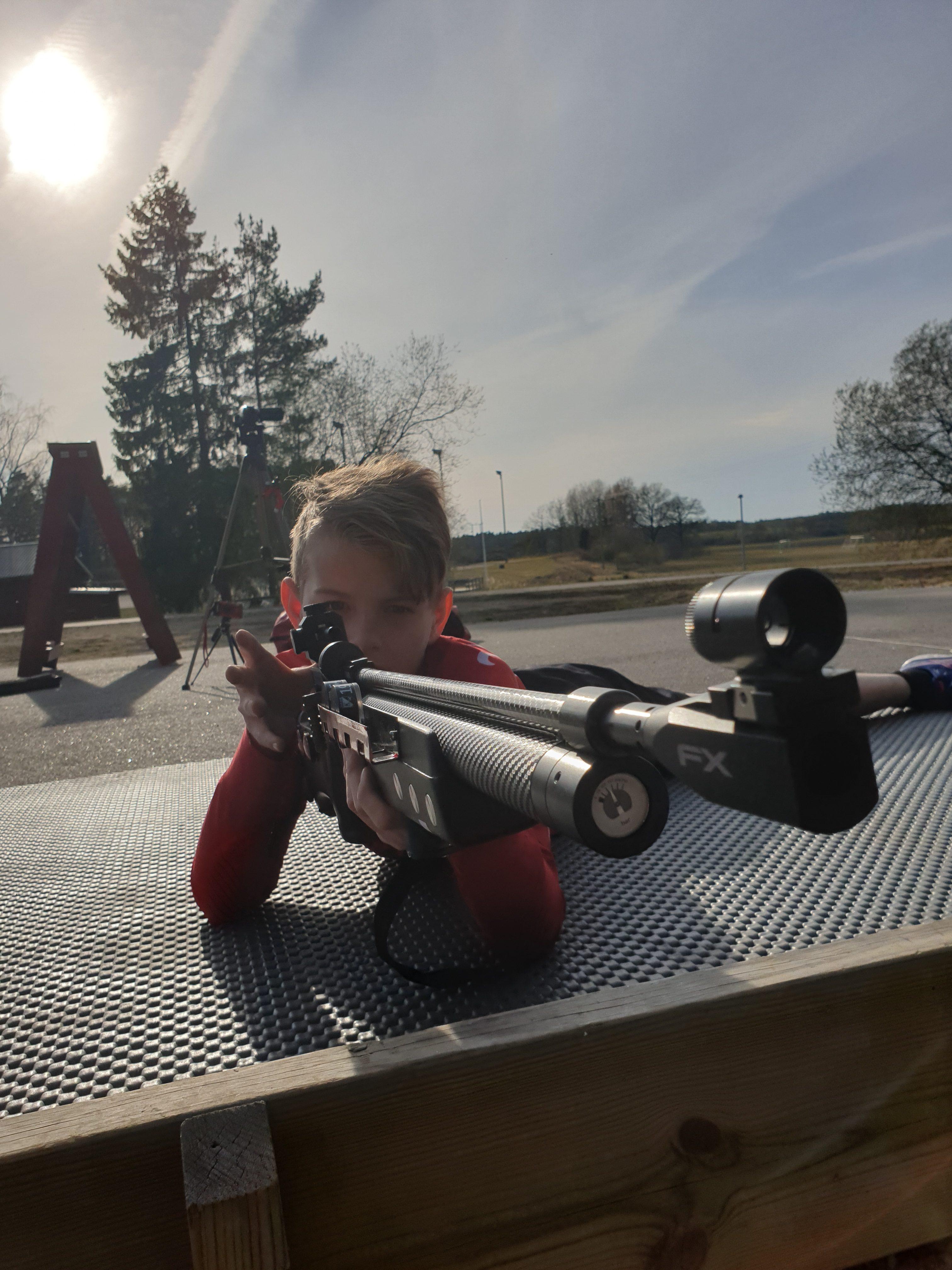 Kimstad Skidskytte Arena John Händel drar 120 skott med rem
